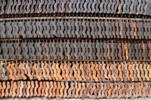 Dachziegeln aus Ton
