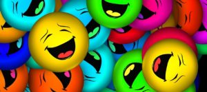 Bunte, lachende Smileys