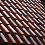 Hohlziegel-Doppeldeckung auf Mönch-Nonnen-Dach