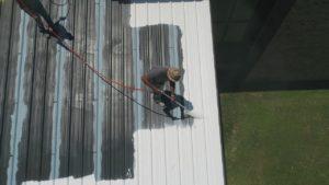 Beschichtung eines Flachdaches